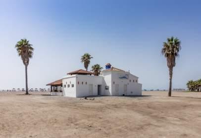 Casa a Playa Granada