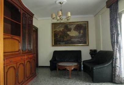 Alquiler de pisos y apartamentos en casco antiguo sevilla for Apartamentos de alquiler en sevilla capital