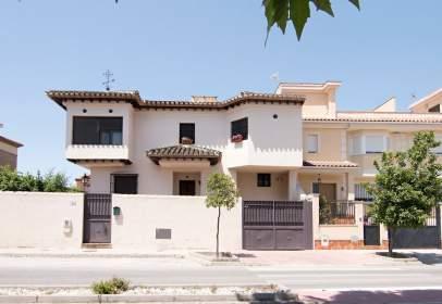 Casa en calle Mariana Pineda