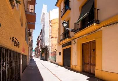 Terreno en calle Moral de la Magdalena