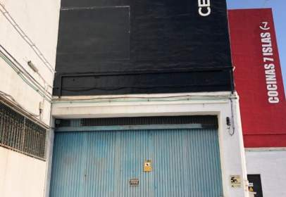 Nau industrial a calle Fernando Beautell, nº 35