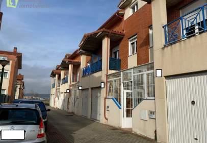 Casa adossada a calle del Marqués de Lorca