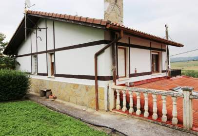House in Villasana de Mena