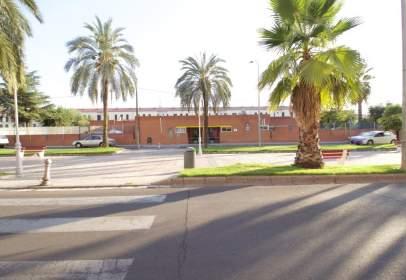 Local comercial en Avenida del Pilar, 114, cerca de Calle del Manzano