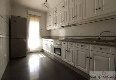 Flat in calle Pedro Alfonso