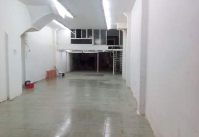 Warehouse in Centre