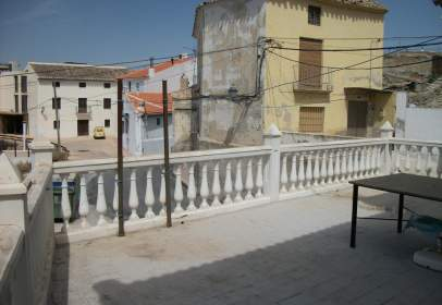 Chalet en calle Castillejar