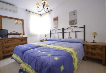 Apartment in calle Encinas (Env), nº 50