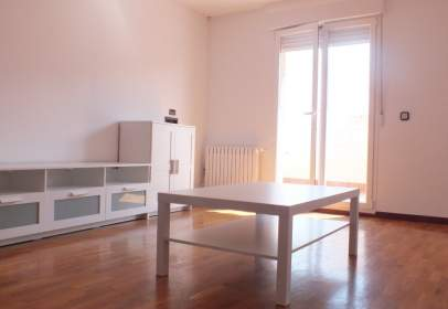 Penthouse in calle Logroño, nº 3