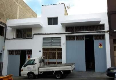 Nau industrial a calle Santo Domingo Custodio, nº 28