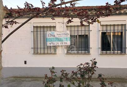 Chalet in Avenida Valladolid