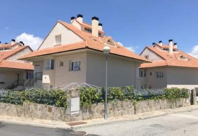 Terraced house in Estacion de El Espinar