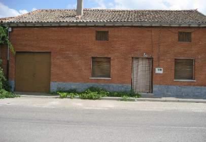 Terraced house in Santiuste de San Juan Bautista