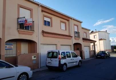 Casa adosada en Las Cortes