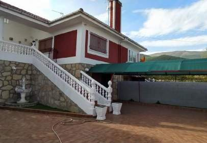 Casa pareada en Urbanización Piedra Caballo, 13