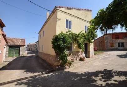 House in calle Camino de La Fuente