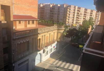 Pis a calle Magí Morera