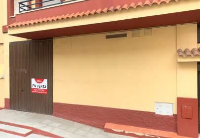 Local comercial en calle de Miguel de Unamuno