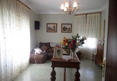 Casa en calle Nueva/ Junto A calle Manterola