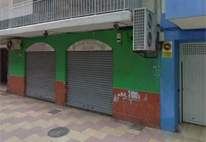 Local comercial en calle Cabañal