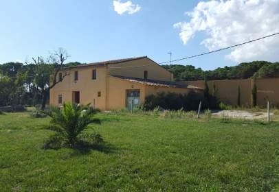 Casa rústica en Zona de Llagostera