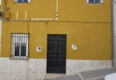Terraced house in calle Menéndez Pelayo, nº 10