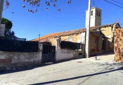 Casa pareada en calle Mayor Baja, nº 2