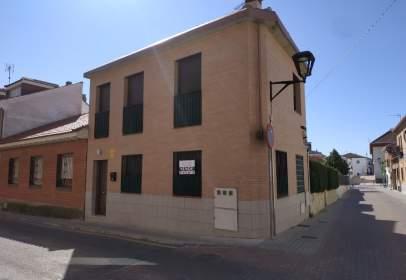 Casa adossada a calle calle Estrella