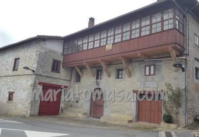 Casa rústica en calle de Jocano