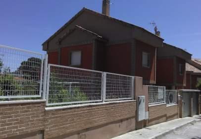 Casa en calle Camino de los Villares