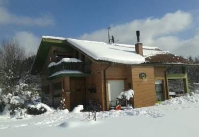 Casa unifamiliar a calle Larrabea
