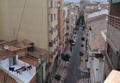 Flat in Carrer de la Trinitat, near Carrer de Navarra
