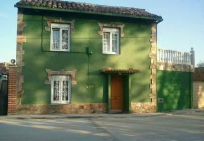 Casa adossada a Quintanilla de los Oteros