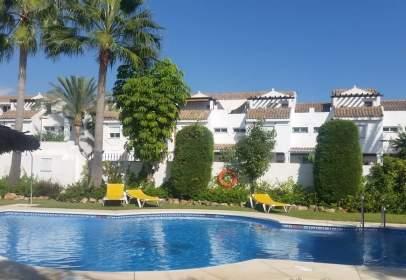 Casa adosada en Marbella -Los Naranjos