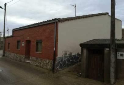 Casa a Ronda Bodegas, Casa de Entidad Bancaria