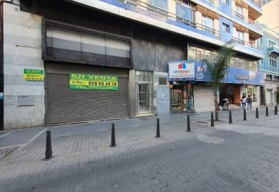 Local comercial en calle General Vives, cerca de Calle Sagasta