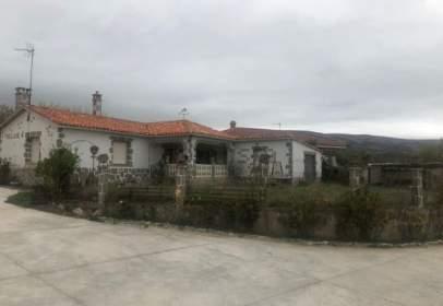 Casa en Colina de Losa
