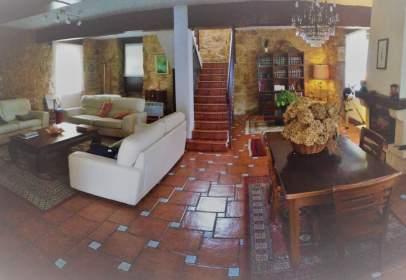 House in Mendiondo
