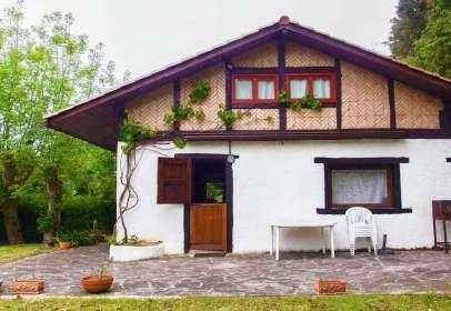 Casa en calle Erdoizta
