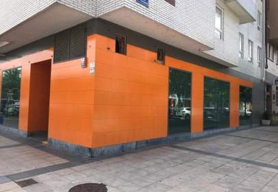 Local comercial en calle Las Claustrillas, nº 3