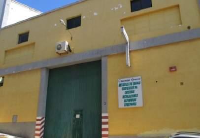 Nau industrial a calle Trescientos Tres, nº 10