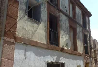 Flat in calle Ramon y Cajal, nº 4