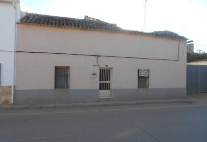 Casa en calle Cervantes, nº 25