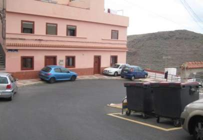 Traster a calle Las Canteras del Fondillo, nº 21