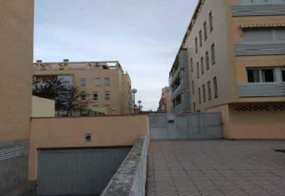 Garatge a calle Agustina de Aragon, nº 1