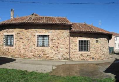 House in calle Fuente, 4