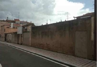 Terreno en calle Rodrigo de Triana, nº 18-22