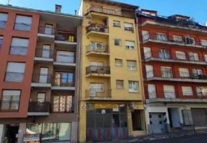 Flat in calle Victoriano Muñoz, nº 11