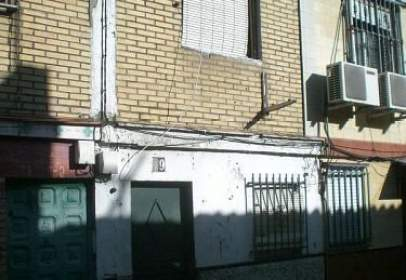 Casa adosada en calle Olivo, nº 19