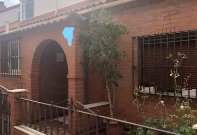 Casa en Avenida de las Ciencias-Emilio Lemos